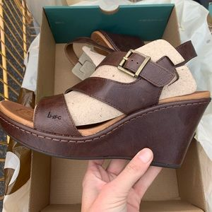 NIB BOC wedges size 10